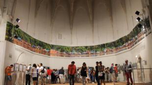 La fresque du fleuve Congo en onze photos signées Pascal Maitre au couvent des Minimes de Perpignan.