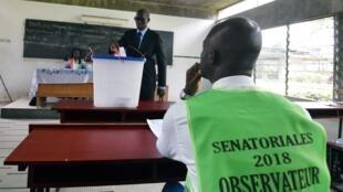 (illustration : Abidjan, 2018, élections sénatoriales): ministre de la communication et porte parole du gouvernement Sidy Touré a apporté des précisions sur la révision du code électoral, le 8 avril 2020.