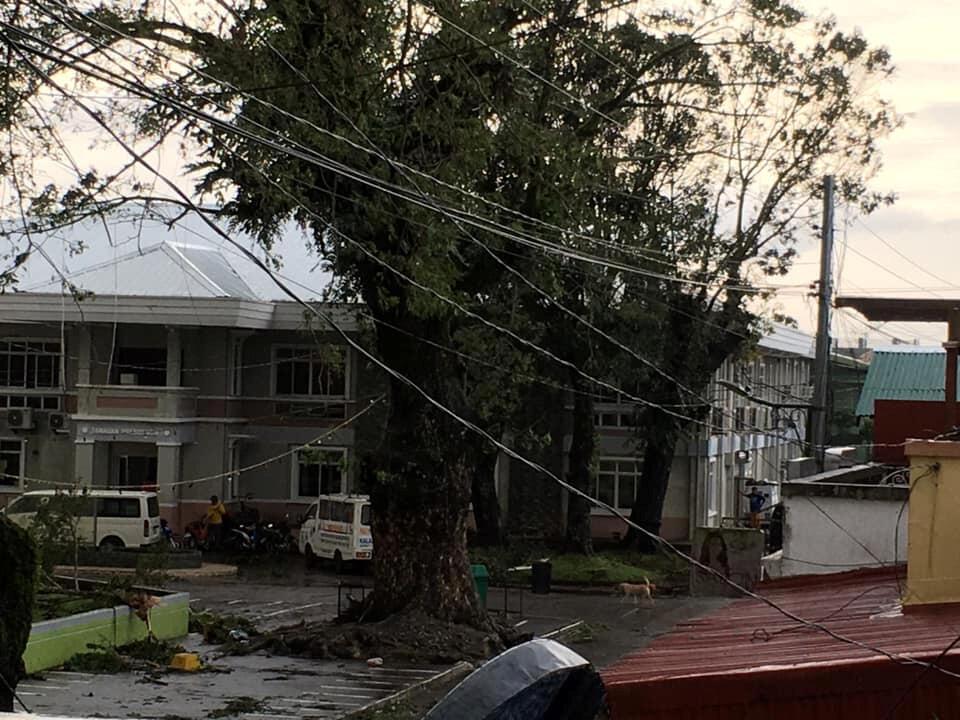 菲律賓聖誕節遭颱風侵襲。