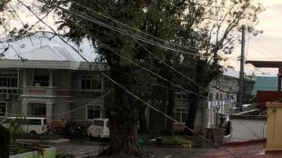 菲律宾圣诞节遭台风侵袭。