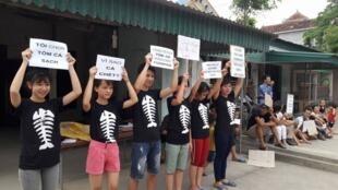 Biểu tình Nghệ An ngày 15/05/2016 chống Formosa.