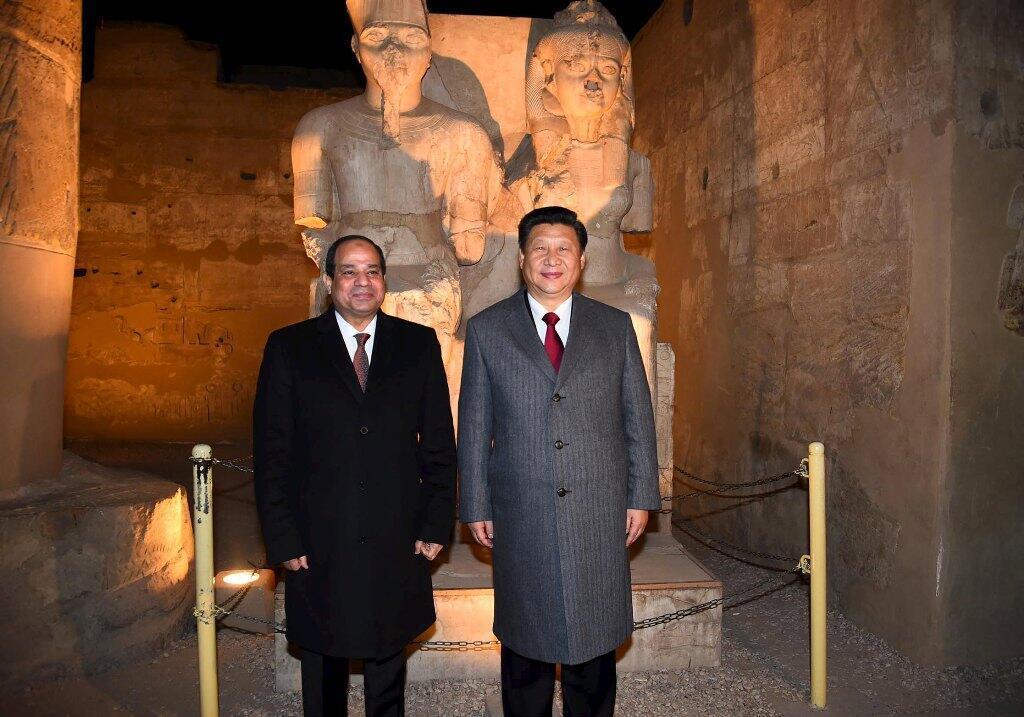 Tổng thống Ai Cập Abdel Fattah Al Sissi và ông Tập Cận Bình tại Luxor, 21/01/2016.