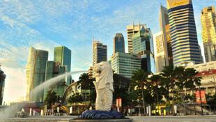 图为新加坡景色图