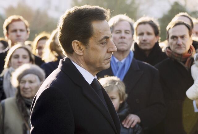Nicolas Sarkozy não consegue recuperar a popularidade entre os franceses.