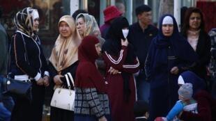Người Duy Ngô Nhĩ tại Urumqi, Tân Cương. Ảnh tư liệu 01/05/2014.