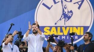 Matteo Salvini en meeting à Pontida, lors du rassemblement annuel de son parti, La Ligue, le 15 septembre 2019.