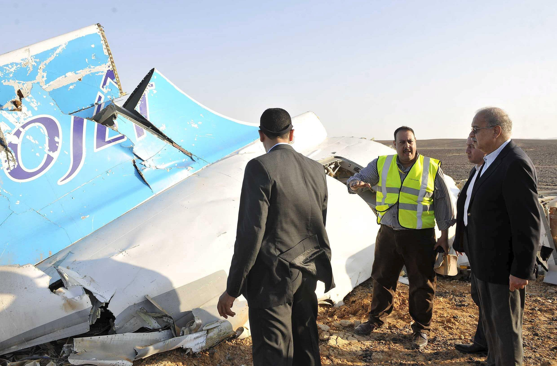 Ai Cập đã tìm thấy hộp đen máy bay Nga bị rơi hôm 31/10/2015.