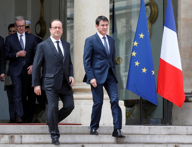 مانوئل والس نخست وزیر و فرانسوا هولاند رئیس جمهوری فرانسه در کاخ الیزه