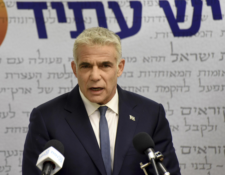 Yaïr Lapid a pris les rênes par intérimaires de l'exécutif israélien.