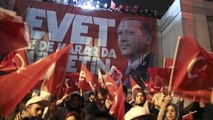 Istanbul, le 16 avril 2017, la victoire du oui.