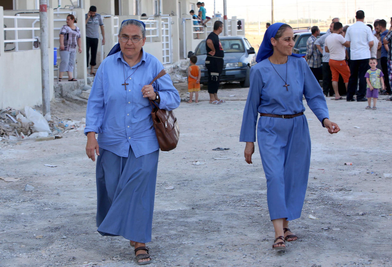 Qaraqosh nằm ở phía đông nam Mossul, nơi có đông người Công giáo