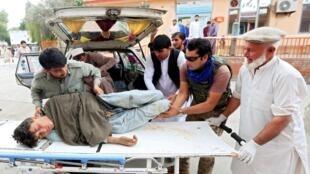انفجار خونین روز جمعه ۲۶ میزان/۱۸ اکتبر در مسجدی در ولایت ننگرهار افغانستان با واکنشهای گسترده داخلی و جهانی رو به رو شده است. در این انفجار نزدیک به ۱۰۰ تن کشته و زخمی شدند.