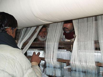Les ouvriers, notamment ceux de l'industrie textile, sont les premières victimes de la crise économique qui touche le Pakistan.