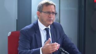Patrick Karam, docteur en sciences politiques, vice-président du Conseil régional d'Ile-de-France en charge des Sports dans les studios de RFI, le 2 octobre 2020.