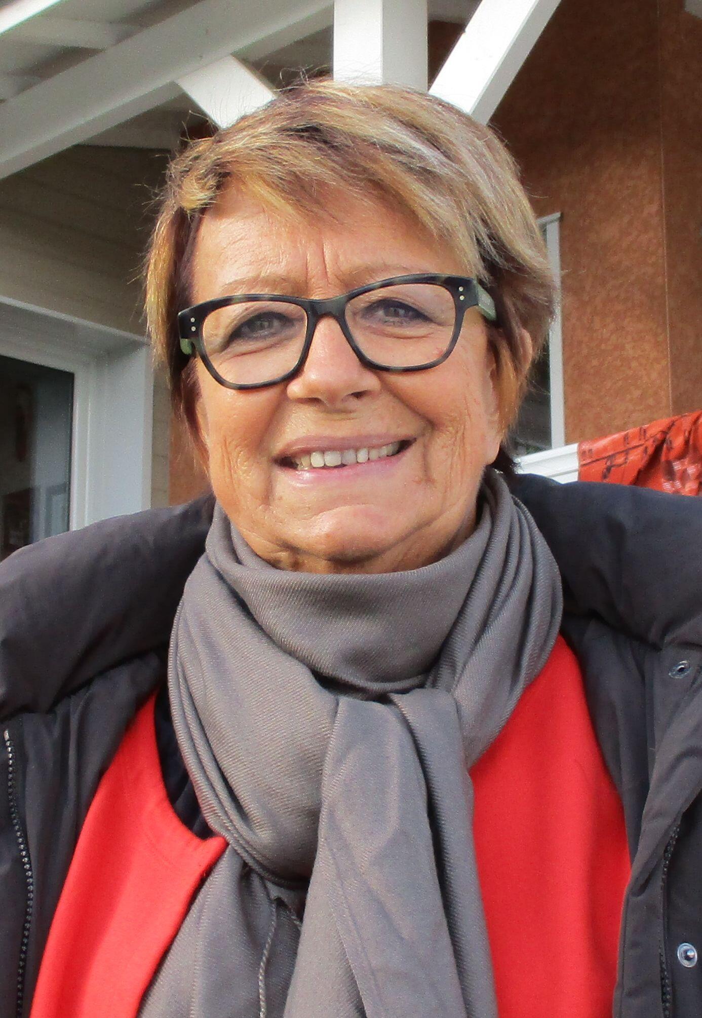 Patricia Rolanda, do comitê de campanha de Emmanuel Macron
