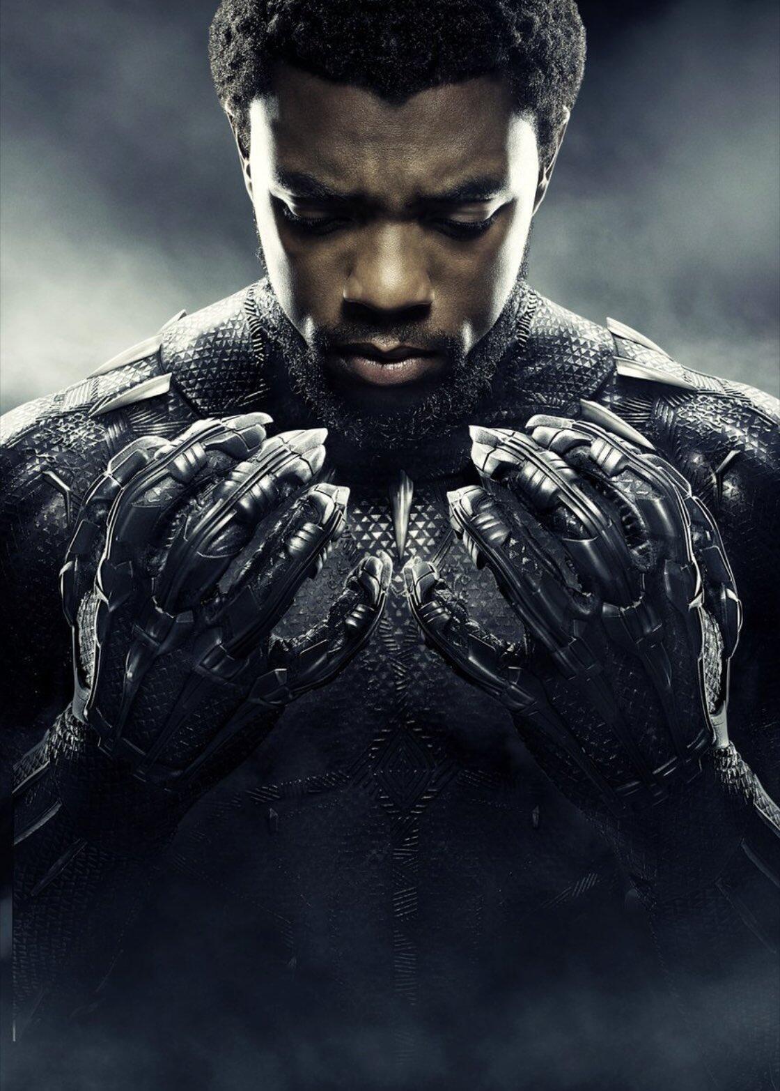 Chadwick Boseman se tornou o primeiro ator negro a interpretar um super-herói, como protagonista de Pantera Negra.