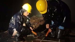安徽滁州市全椒縣工作人員進行爆破泄洪資料圖片