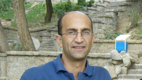 سیامک قادری- روزنامهنگار و وبلاگ نویس ایرانی، برنده جایزه بینالمللی مطبوعات