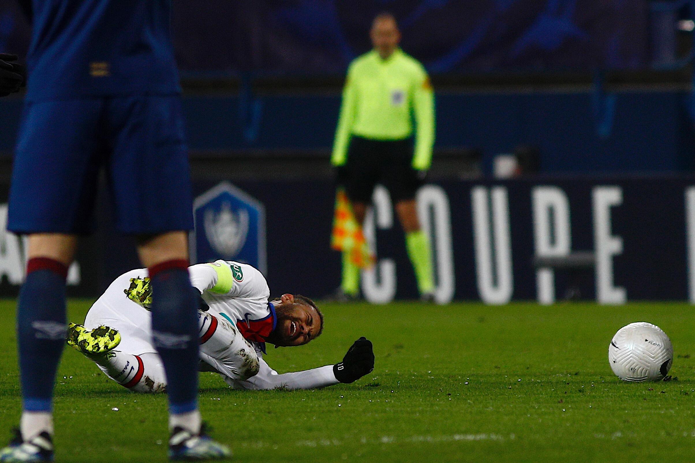 L'attaquant brésilien du Paris SG Neymar au cours du match de Coupe de France contre Caen, le 10 février 2021 au stade Michel-d'Ornano