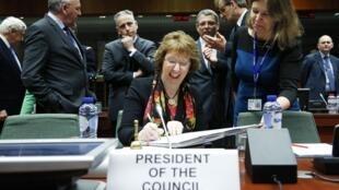 Кэтрин Эштон на совещании глав МИДов ЕС в Брюсселе 10/02/2014