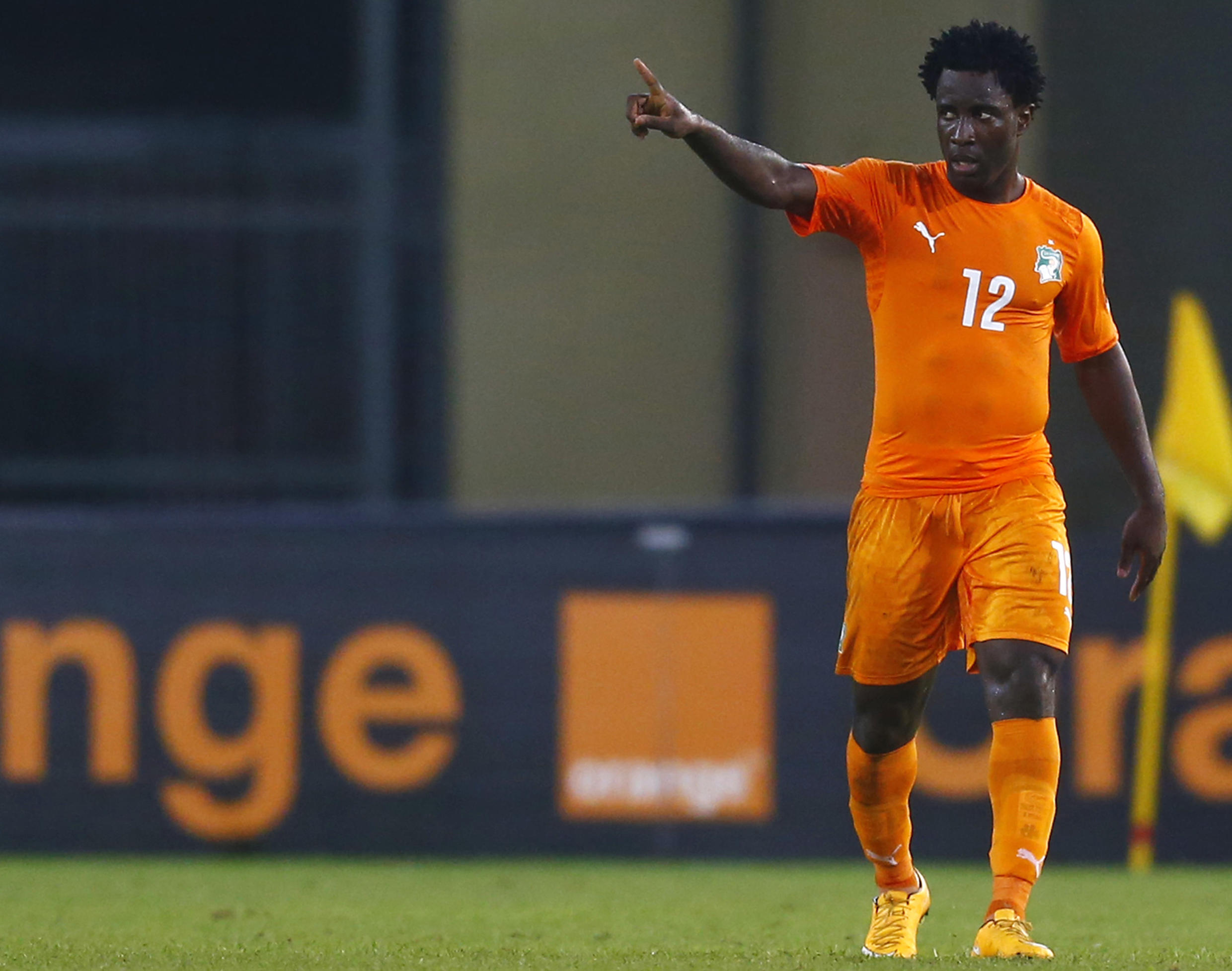 Côte d'Ivoire's Wilfried Bony celebrates his second goal during their match against Algeria
