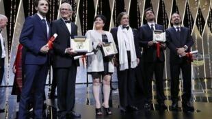 Laureados do Festival de Cannes 2016 posam para os fotógrafos no Palácio dos Festivais.