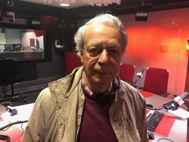 O escritor e assessor de movimentos sociais Frei Betto de passagem por Paris