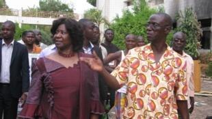 La veuve du président assassiné, Mariam Sankara, sur le site de l'Assemblée nationale prise d'assaut lors de l'insurrection populaire du 30 octobre dernier.