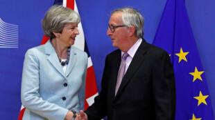 Firaministan Burtaniya Theresa May da Shugaban Majalisar EU Jean-Claude Juncker