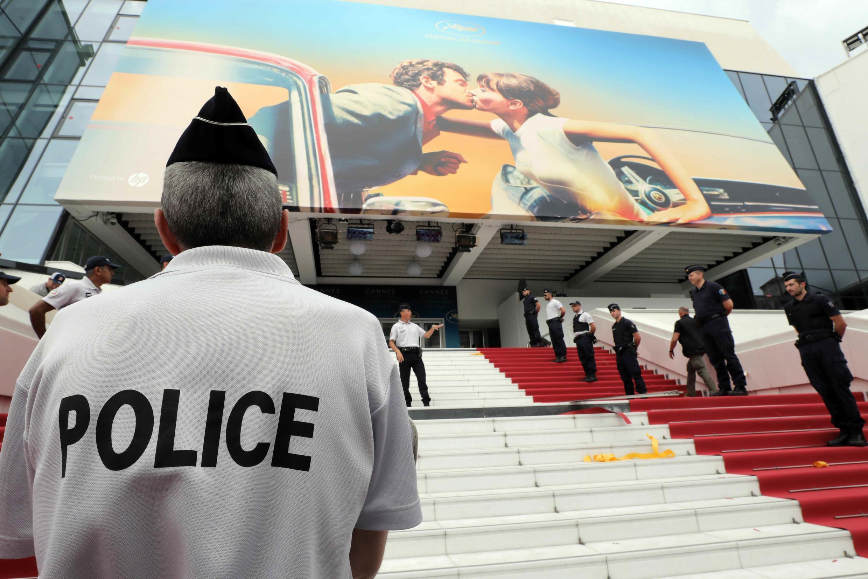 700 полицейских будут обеспечивать безопасность Каннского фестиваля