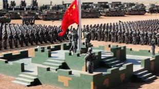 Lễ diễu binh ở Nội Mông, mừng 90 năm ngày thành lập Quân Đội. Ảnh 30/07/2017.