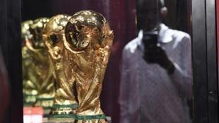 A taça do Mundial que hoje chegou a Moçambique.