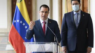 Le ministre des Affaires étrangères vénézuelien Jorge Arreaza lors d'une conférence de presse sur le sort des six cadres de Citgo détenus au Venezuela le 16 janvier 2021.