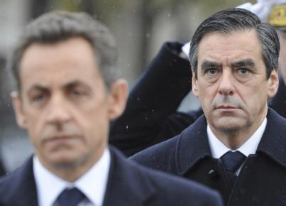 Prime Minister François Fillon (R) and President Nicolas Sarkozy