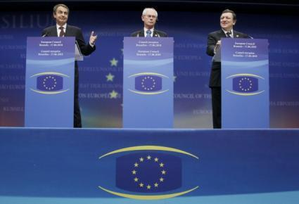 Spain's PM Zapatero, EU Council President Van Rompuy and EC President Barroso hold news conference in Brussels
