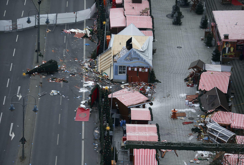 Cena do atentado no dia 19 de dezembro na Feira de Natal de Berlim