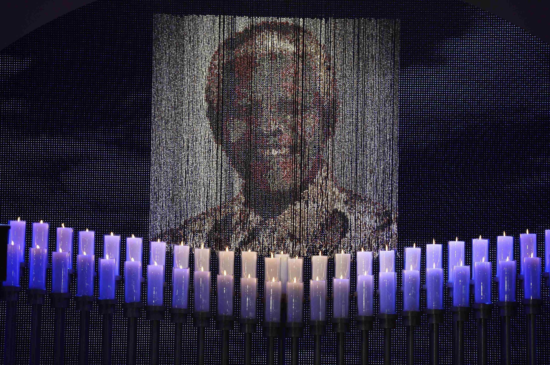 Picha ya Nelson Mandela wakati wa sherehe ya mazishi yake, Qunu, Desemba 15, 2013.
