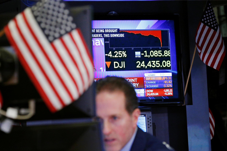 Medo de alta da inflação nos Estados Unidos provoca forte queda nas bolsas de valores mundiais. Foto do 05/02/18