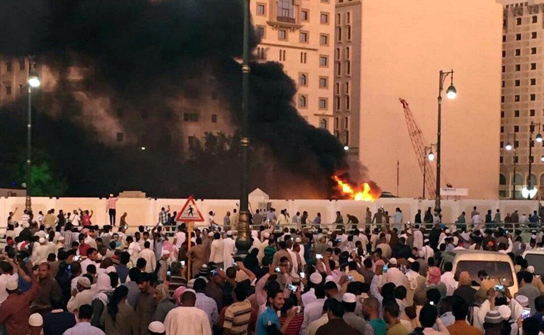 Один из взрывов прогремел у Мечети Пророка в Медине, Саудовская Аравия, 4 июля 2016.