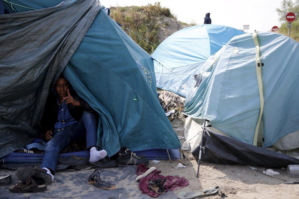 Un migrante eritreo en el campamento en las afueras de Calais, el pasado 1 de agosto de 2015.
