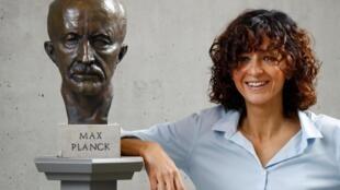 Открытие, которое может изменить человечество: история француженки Эммануэль Шарпантье, ставшей Нобелевским лауреатом.