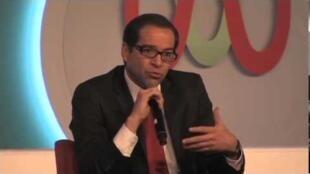 José Ignacio Peralta, Subscretario de Comunicaciones de México.