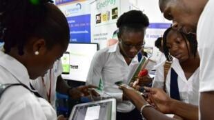 En Afrique l'accès à internet reste encore difficile dans certains pays du continent.