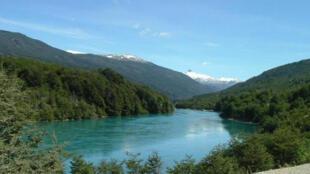 Río Baker en la región de Aisén, Chile.