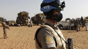 Soudan - El Fasher - Casque bleu - AP09032309618