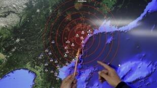 韓國氣象廳在朝鮮宣布試爆氫彈後向媒體介紹測到的震波2016年1月6日首爾