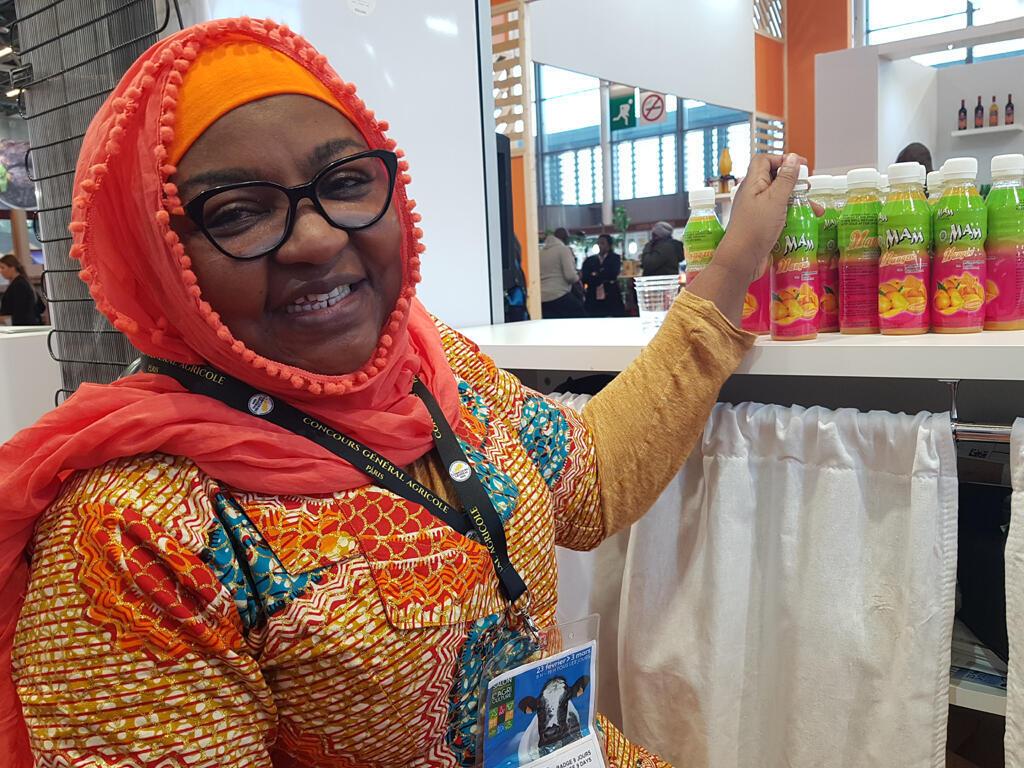 Diallo Oumou Cissoko, transformatrice de produits agricoles locaux du Mali, promotrice de la société Mame Cocktail.