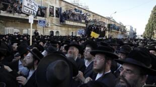 Manifestation de juifs orthodoxes à Jérusalem, le 17 juin 2010.