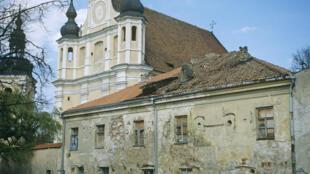 L'église orthodoxe russe de la Sainte Mère de Dieu, dans le centre de Vilnius, est un héritage de l'époque où la ville appartenait à l'Empire russe.