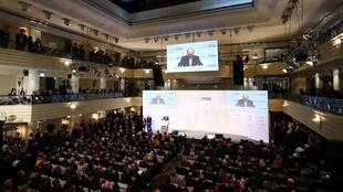 Plenário da Conferência de Segurança e defesa de Munique, na Alemanha.